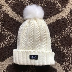 Ugg White Knit Winter Skullie Women's Pom Hat OS